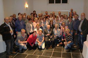 aanwezige ehbo-ers bij huldiging Jan van den Bors , 15-mei-2017